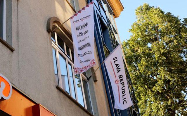 Flag na elewcje dla Slava Republic